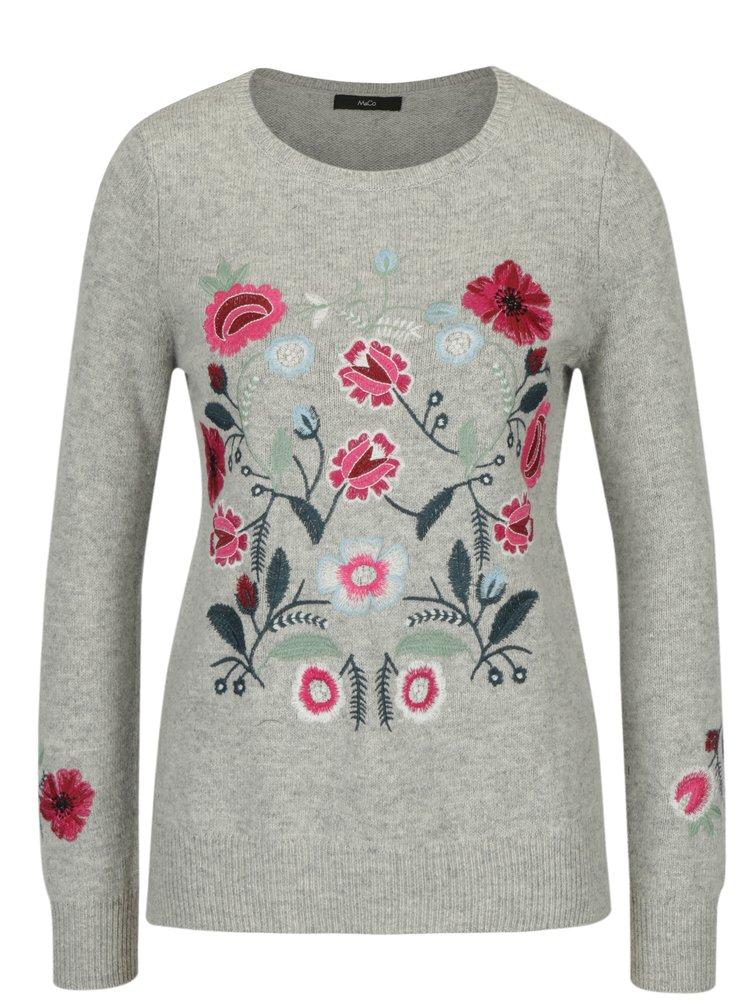 Světle šedý svetr s výšivkou květin M&Co