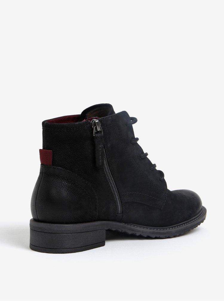 Černé kožené kotníkové boty s jemným vzorem Tamaris