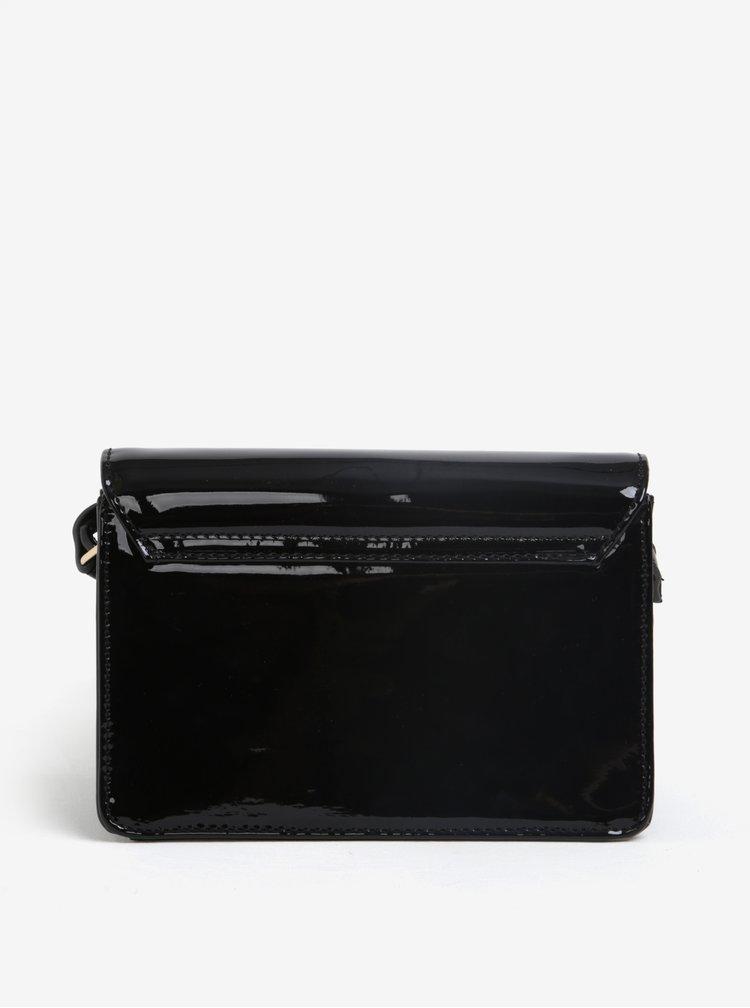 Černá lesklá crossbody kabelka M&Co