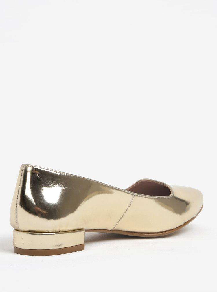 Lesklé baleríny ve zlaté barvě na nízkém podpatku OJJU