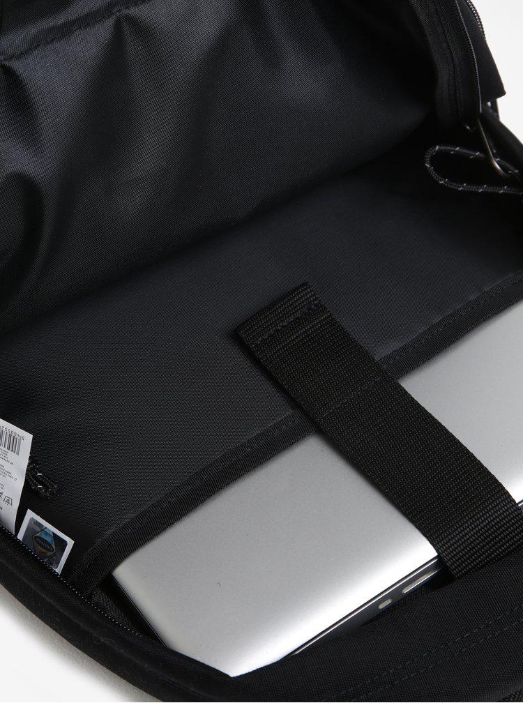 Černý batoh Eastpak Out of Office 19 l