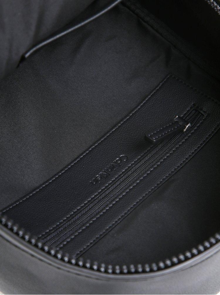 Černý dámský batoh s prošívanými detaily Calvin Klein Jeans Michelle