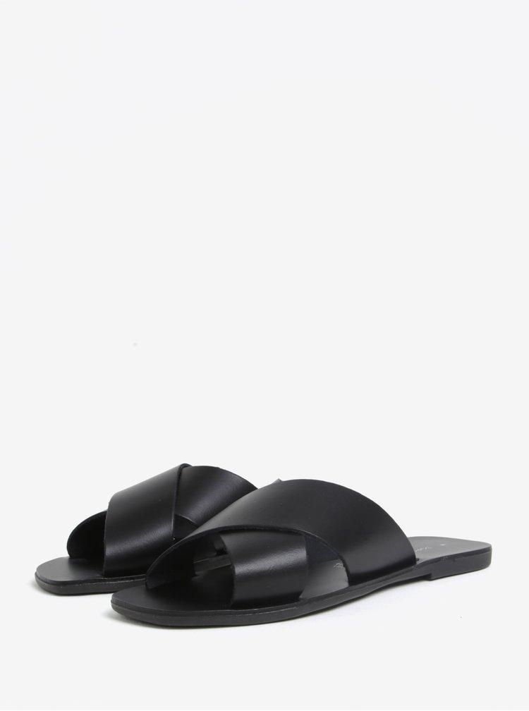 Černé kožené pantofle Dorothy Perkins