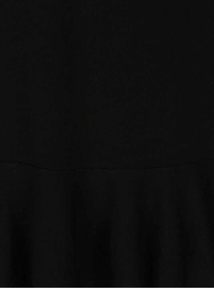 Černé svetrové šaty s volánem QS by s.Oliver