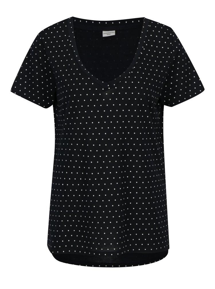 Tmavě modré volné puntíkované tričko Jacqueline de Yong Cloud