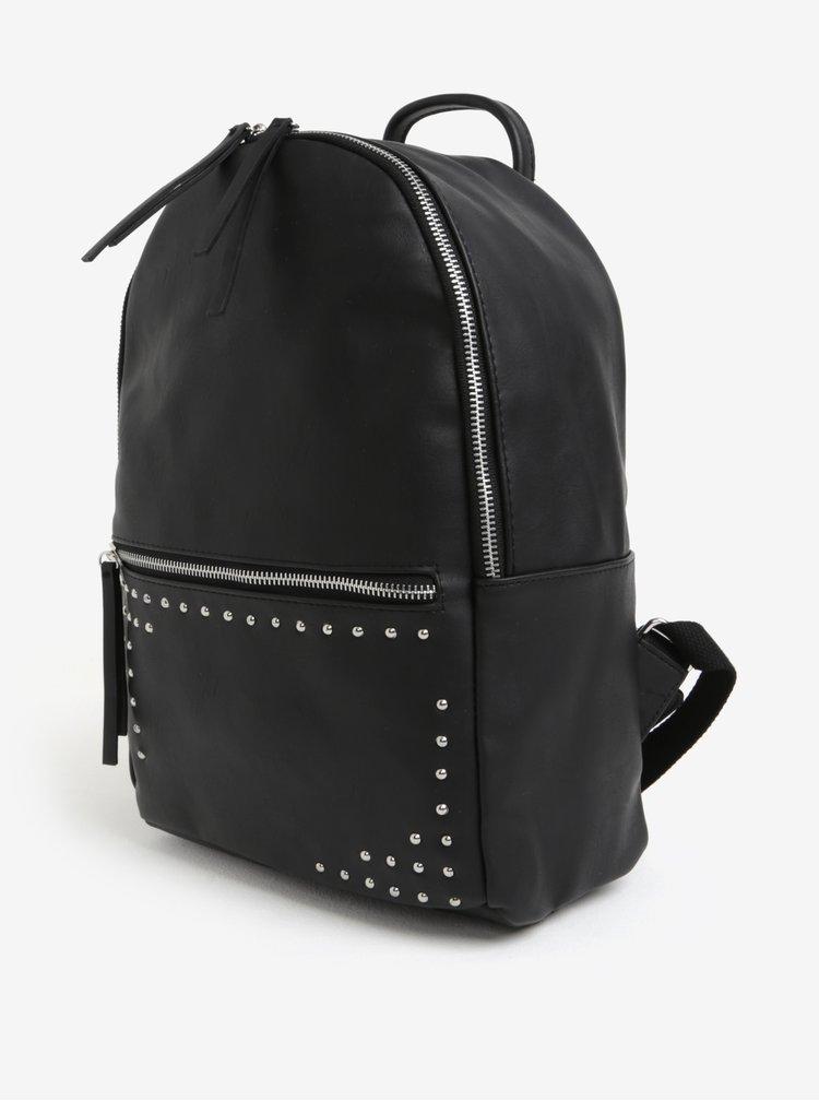 Černý koženkový batoh s cvočky Pieces Iano