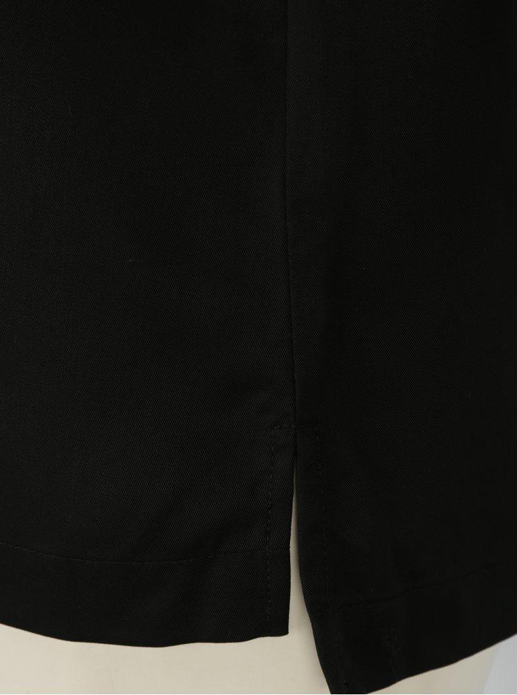 Černá halenka s véčkovým výstřihem Selected Femme Zoe