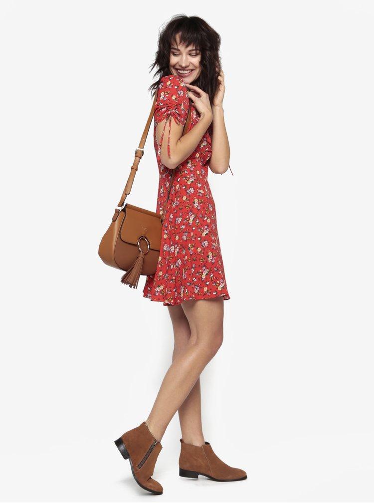 Červené květované šaty s nabíranými rukávy Miss Selfridge