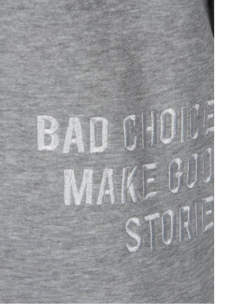 Bluza gri cu text brodat - Jacqueline de Yong Tori