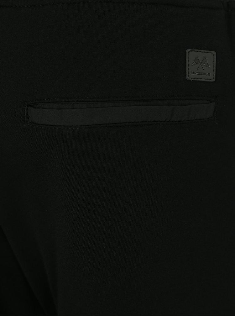Černé tepláky Lindbergh