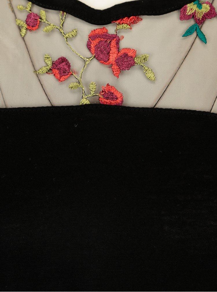 Černé tričko s výšivkou a průsvitným sedlem TALLY WEiJL