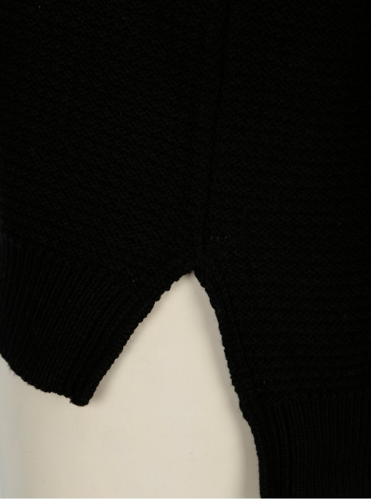 Černý svetr s véčkovým výstřihem Noisy May Ayi