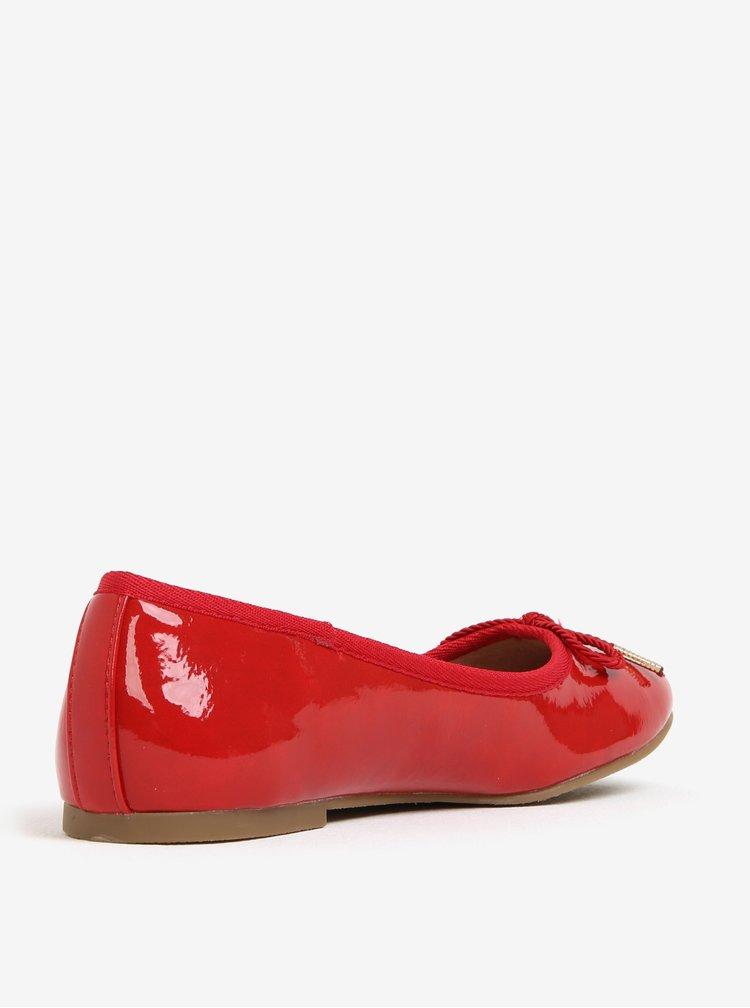 Červené lesklé baleríny s mašličkou Tamaris