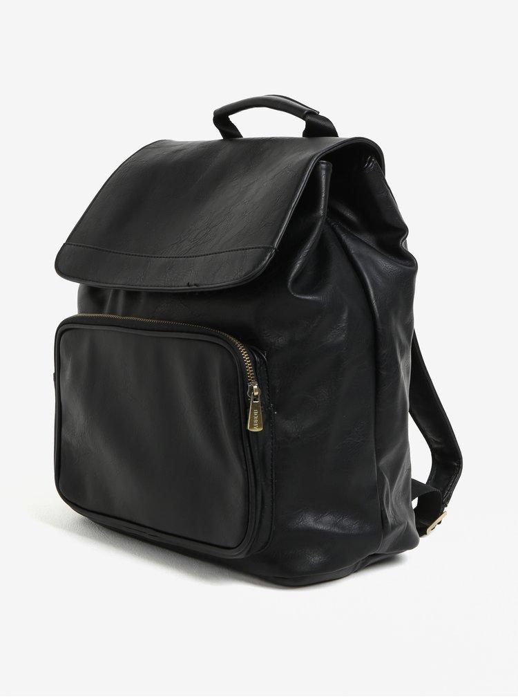Černý batoh s klopou Bobby Black