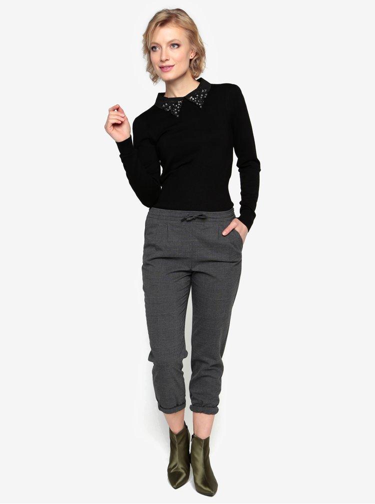 Černý svetr s límečkem s korálky Oasis Butterfly