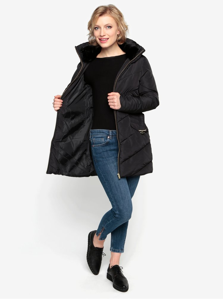 Černý prošívaný zimní kabát s vysokým límcem Oasis Cairnwell
