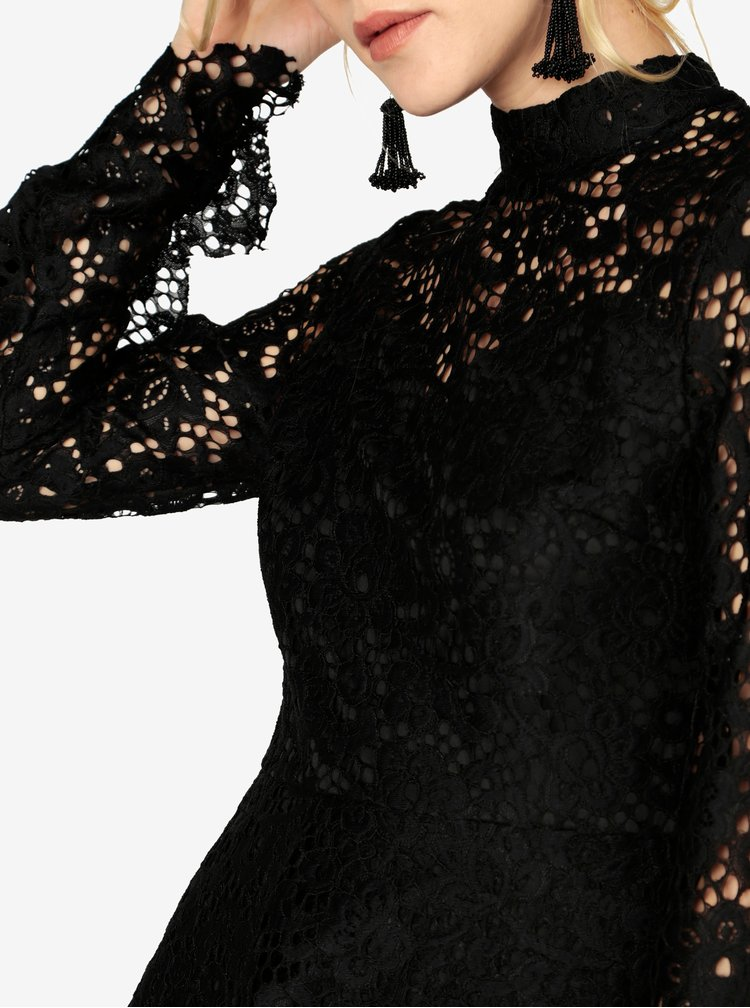 Černé krajkové minišaty s odhalenými zády MISSGUIDED