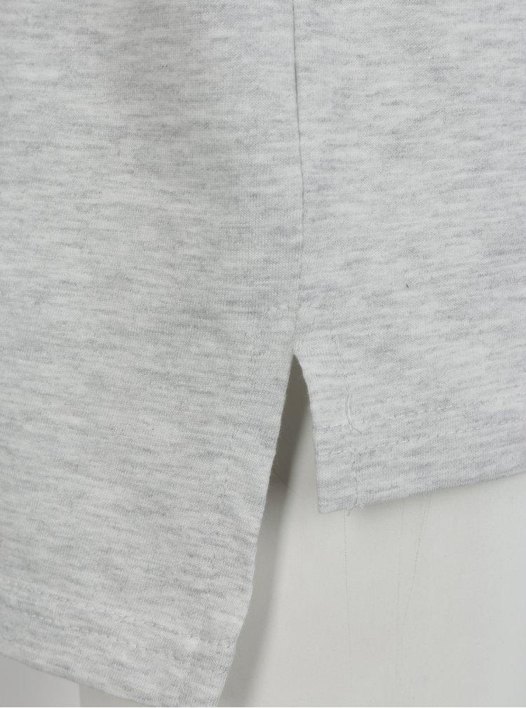 Šedé klučičí žíhané tričko s prodlouženým zadním dílem a potiskem Blue Seven