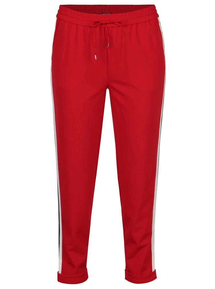 Pantaloni rosii cu talie inalta si dungi contrastante laterale -
