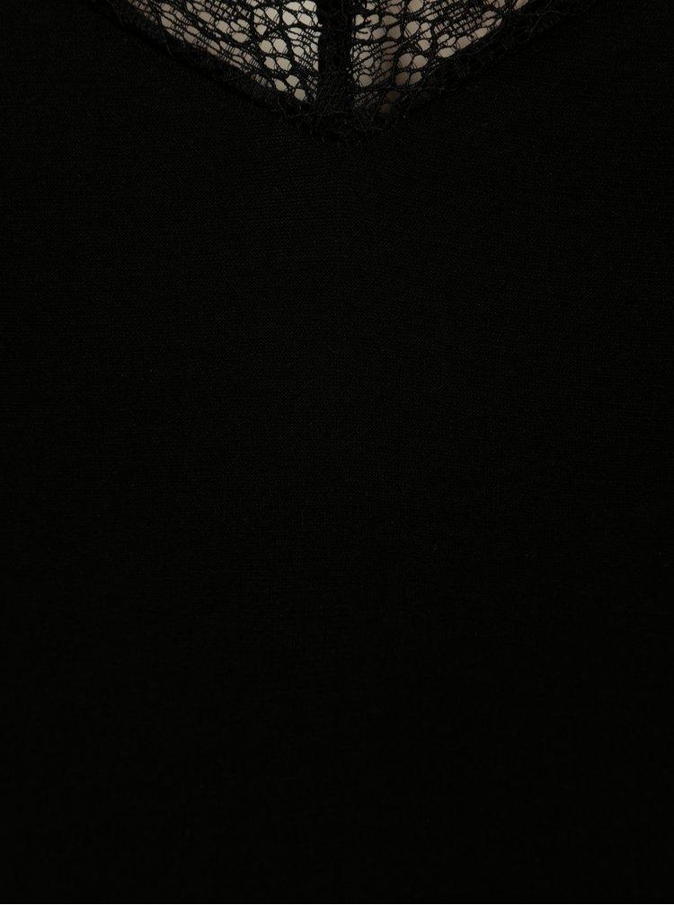 Top negru cu aplicatie de dantela VILA Moma