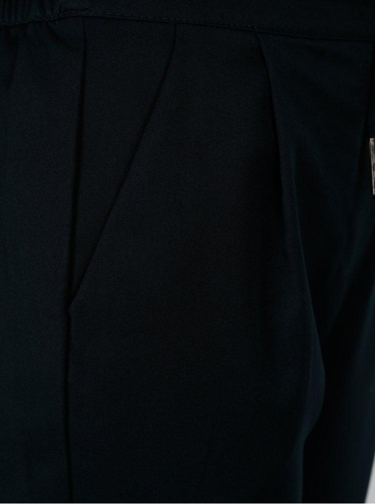 Tmavomodré nohavice s gumou v páse VERO MODA Rory