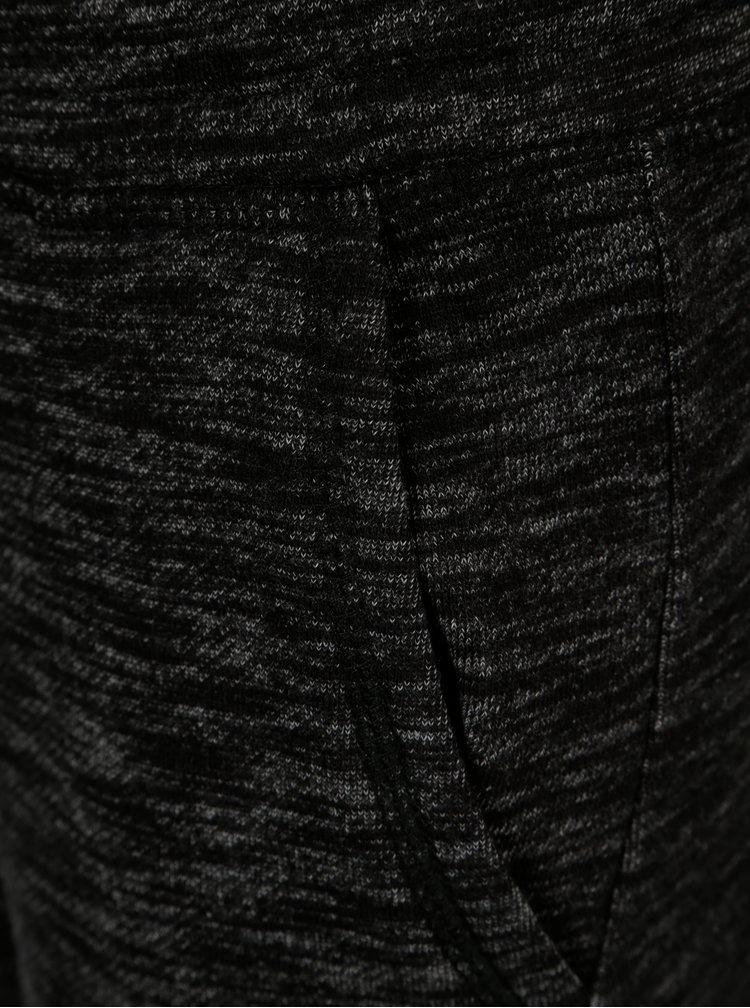 Černé klučičí žíhané tepláky s kapsami 5.10.15.