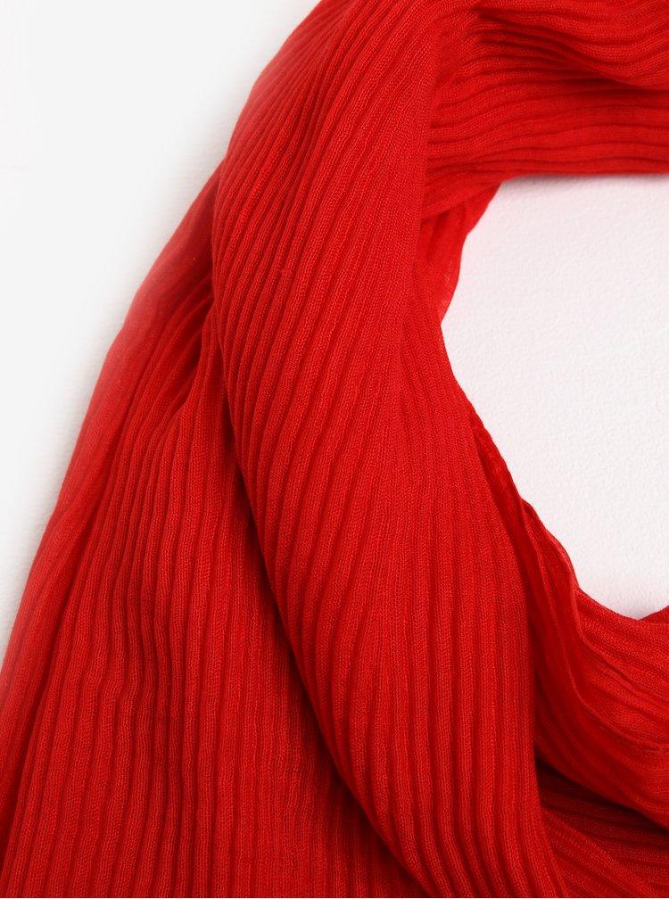 Červená plisovaná šála Pieces Nabia