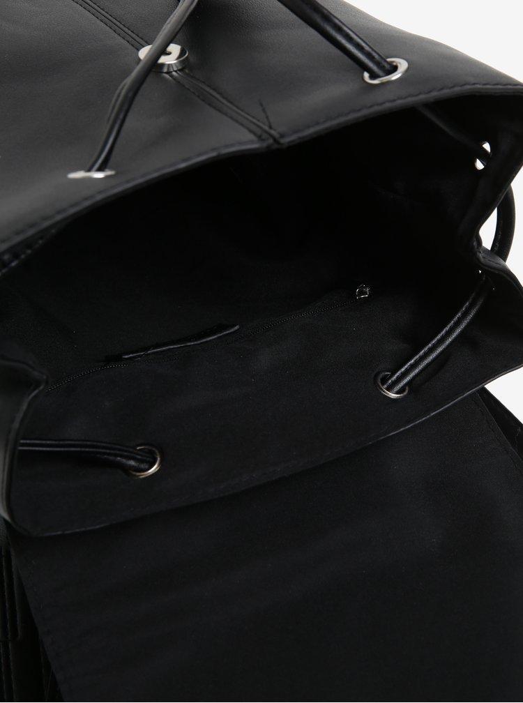 Černý koženkový batoh Pieces Minna