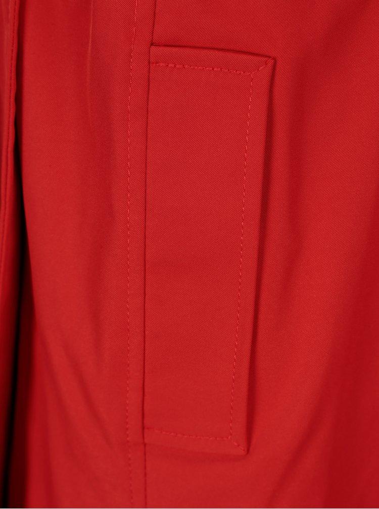 Červený trenčkot s páskem Dorothy Perkins