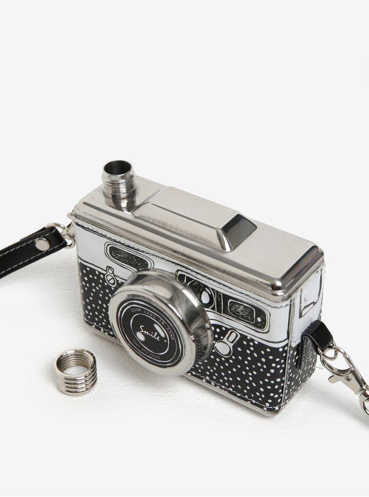 Černá nerezová placatka ve tvaru fotoaparátu Disaster Take A Shot