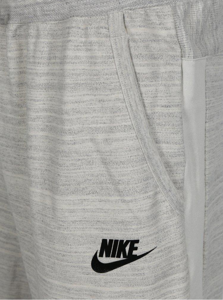Svetlosivé melírované pánske teplákové kraťasy Nike