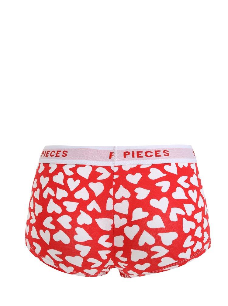 Sada čtyř vzorovaných kalhotek v bílé a červené barvě Pieces Logo