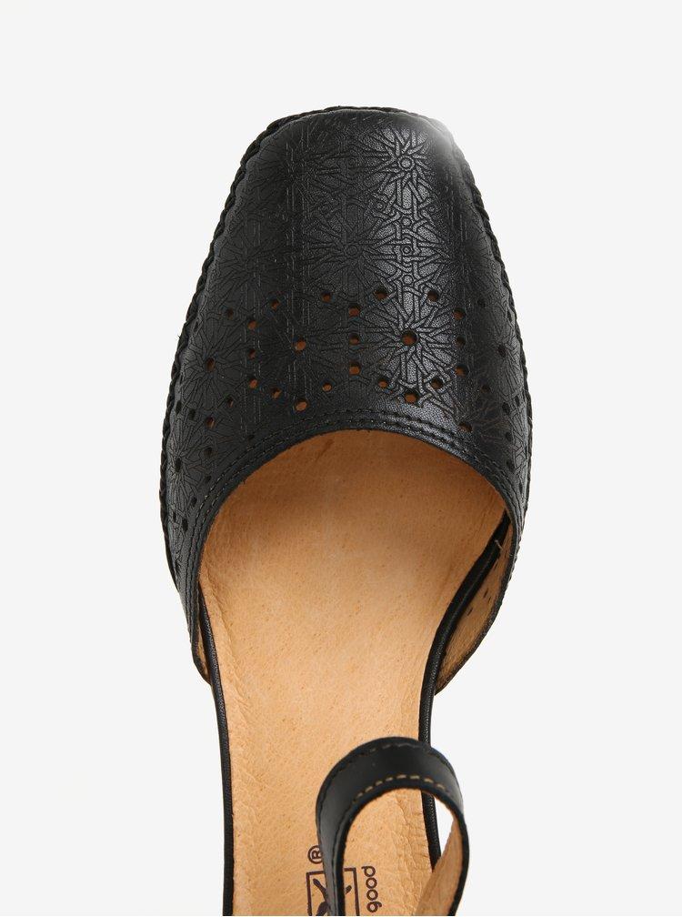 Černé kožené perforované lodičky Pikolinos Gomera