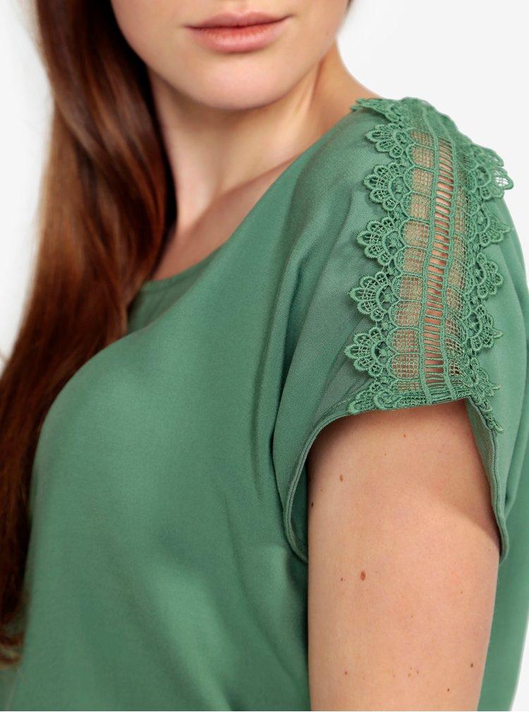 Zelené tričko s krajkou na ramenou VERO MODA Lacey