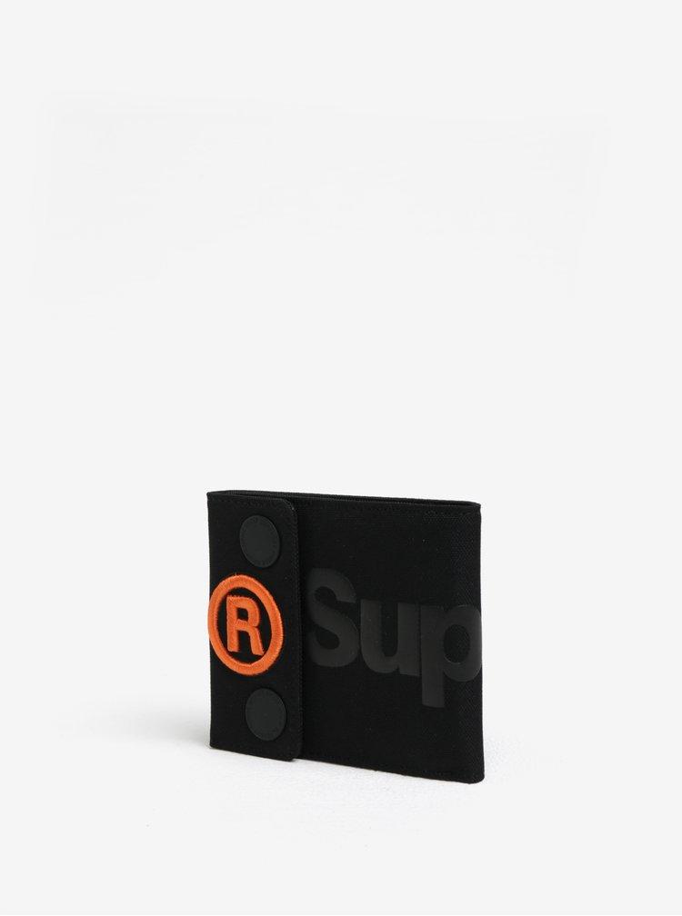 Černá peněženka s potiskem a nášivkou Superdry Wallet