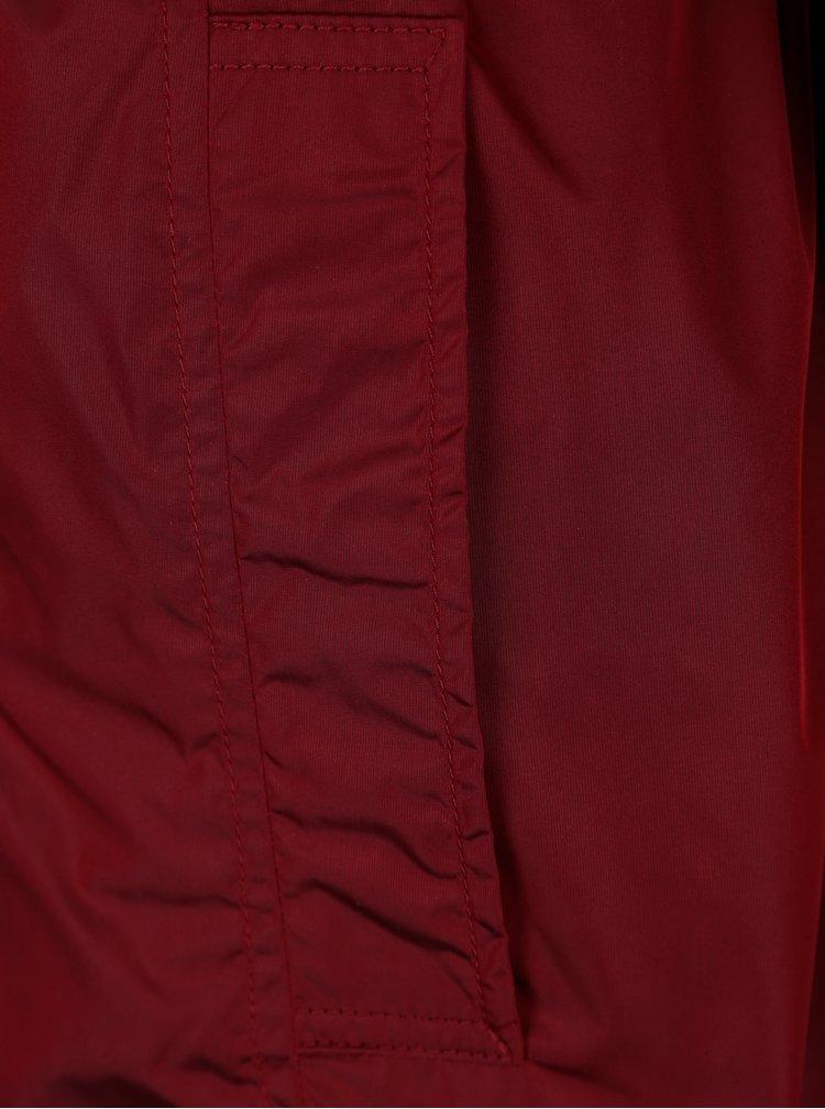 Červený dámský trenčkot s páskem Geox