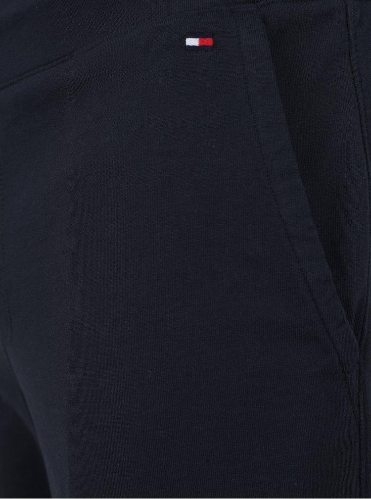 Tmavomodré pánske kraťasy Tommy Hilfiger