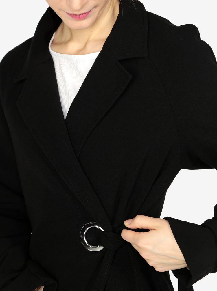Černý kabát s páskem VERO MODA Bette