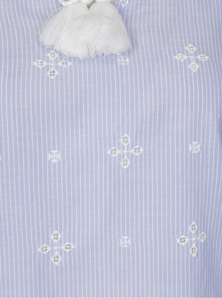 Světle modrá vzorovaná halenka s výšivkami Dorothy Perkins