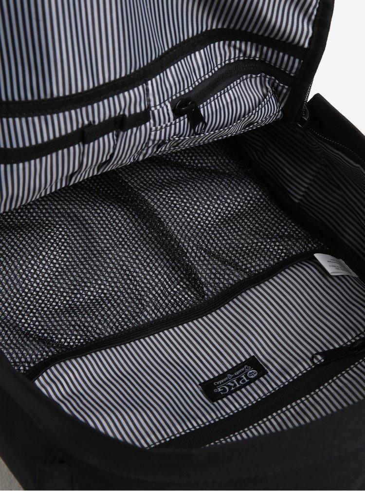 Černý unisex voděodolný batoh s koženými detaily PKG