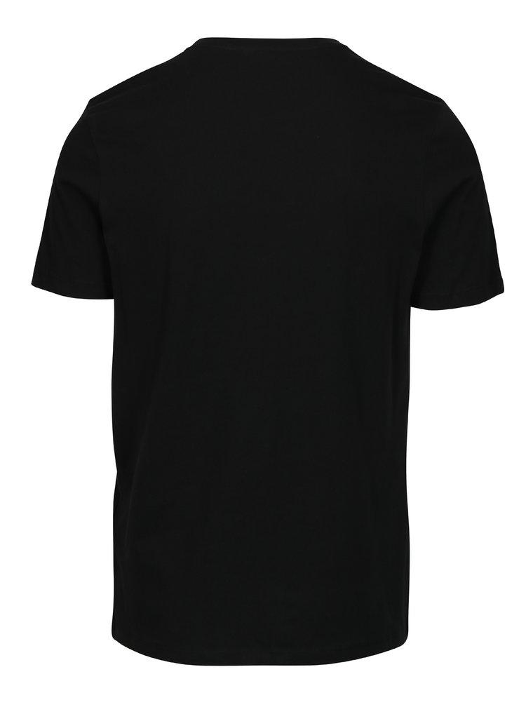 Černé slim fit tričko s potiskem Jack & Jones Booster