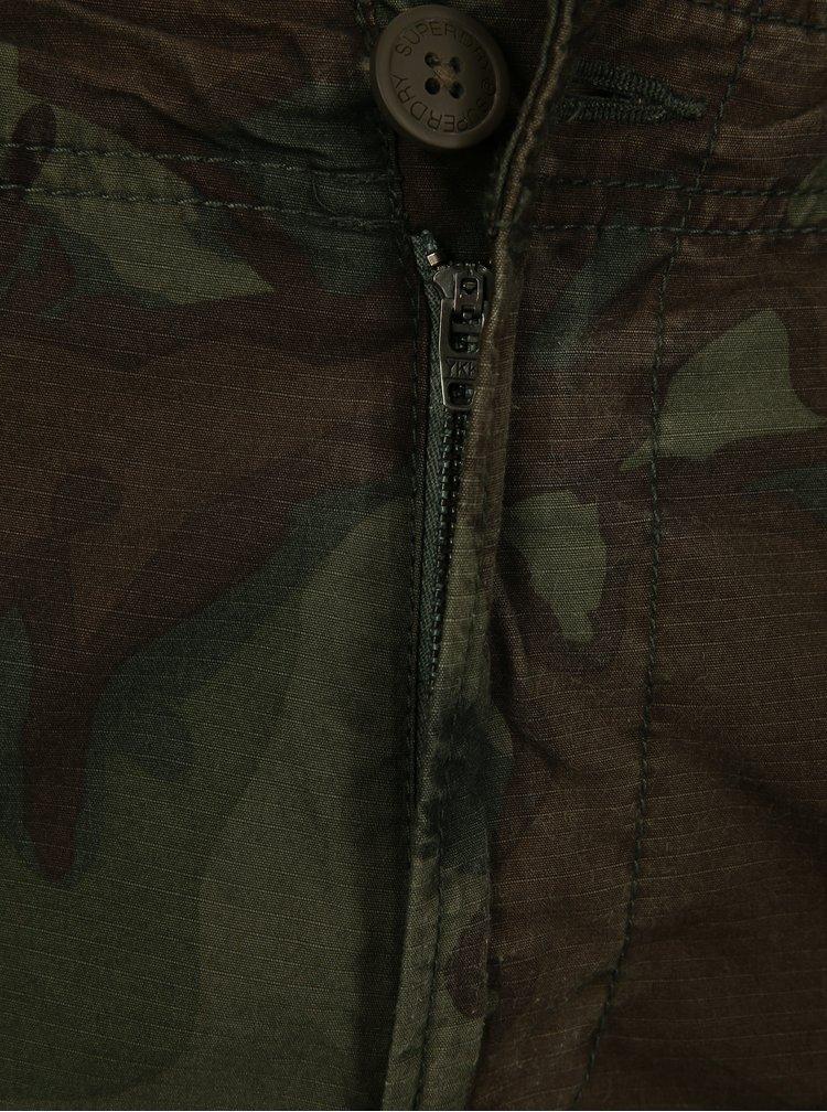 Zelené pánske maskáčové nohavice Superdry