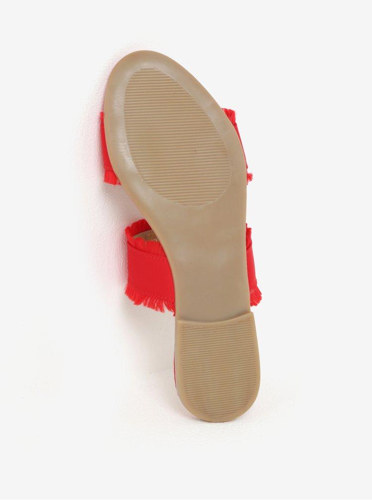 Červené pantofle Pieces Mio