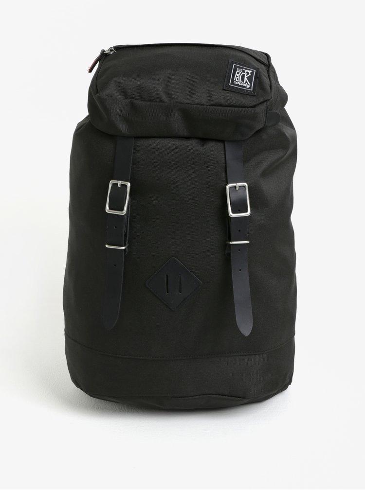 Černý batoh s přezkami The Pack Society 18 l