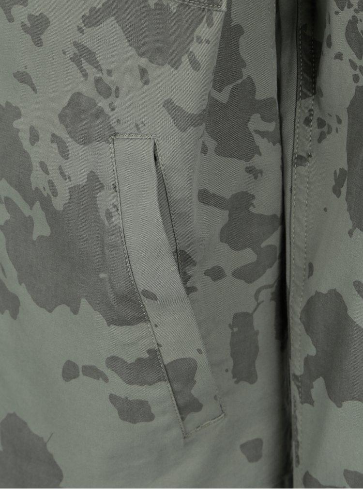 Šedozelená pánská maskáčová bunda Makia Waypoint