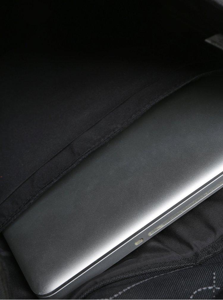 Černý batoh s vyšitými vzory The Pack Society