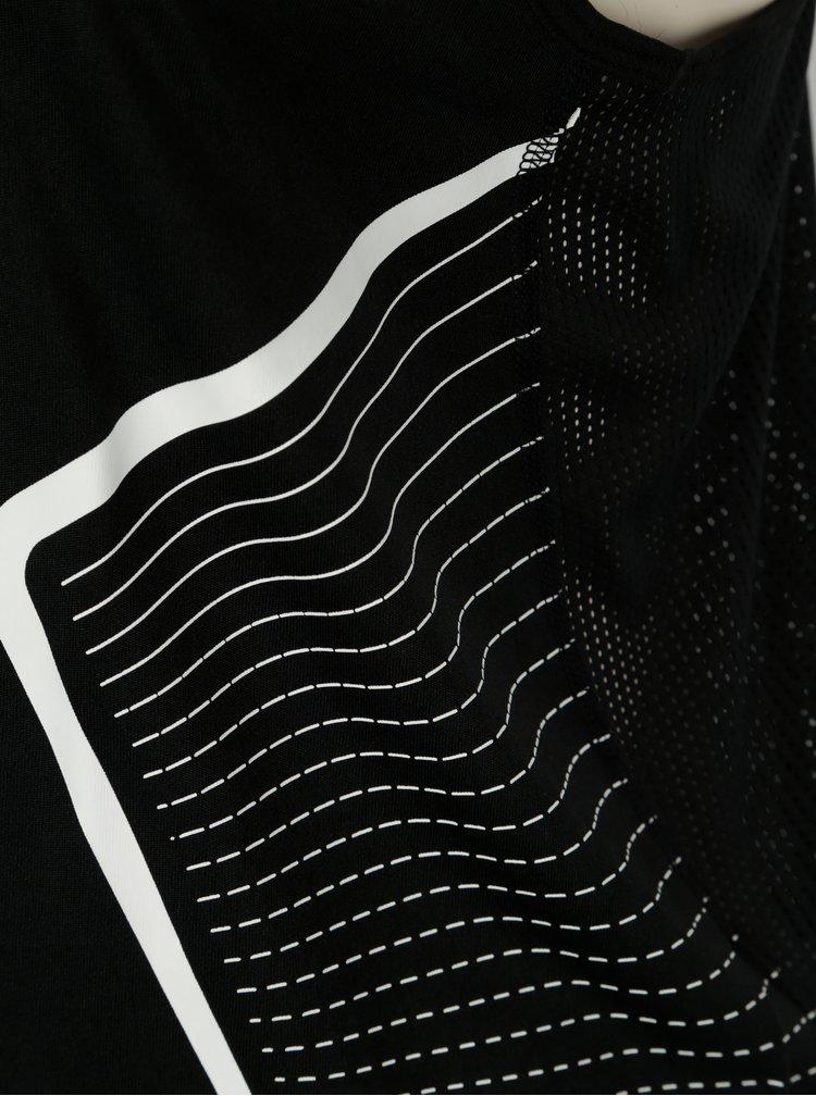 Top sport negru cu perforatii pentru femei  Nike Dry Miler Tank