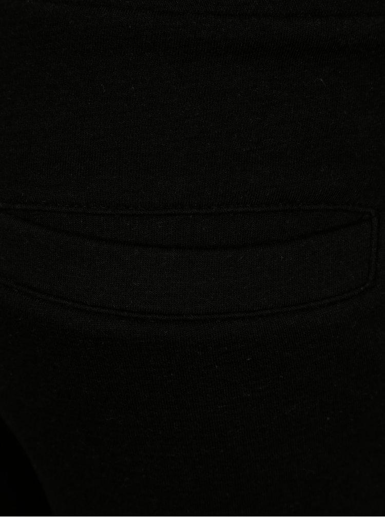 Černé klučičí kraťasy s bílým lemem LIMITED by name it Movalde