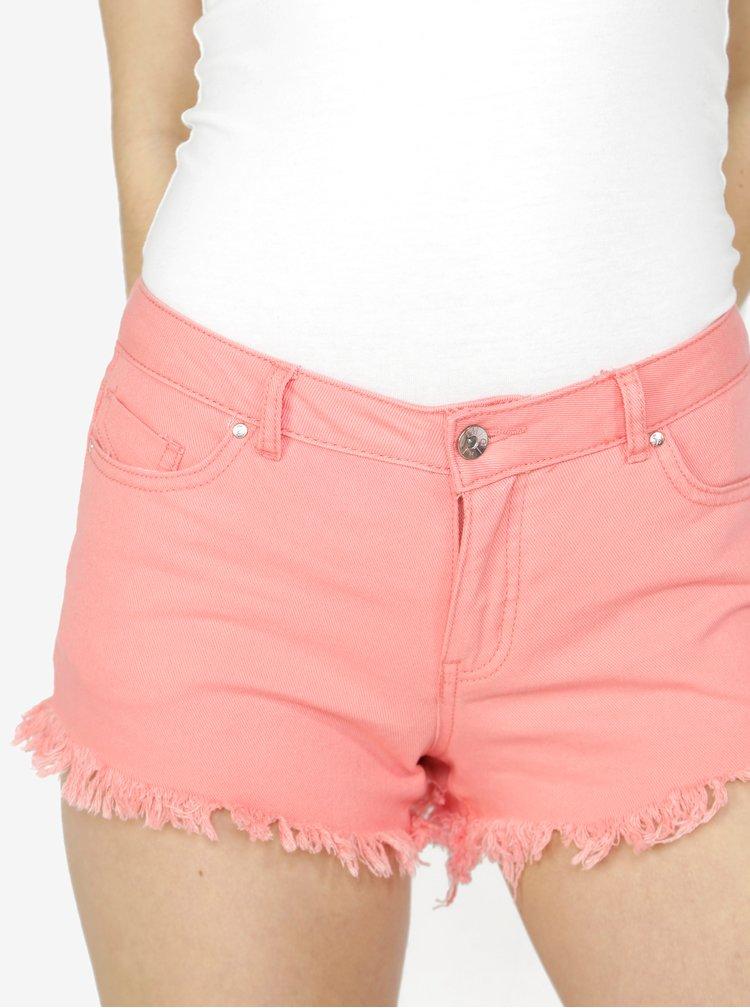 Pantaloni scurti roz din denim cu franjuri - VERO MODA Fiver