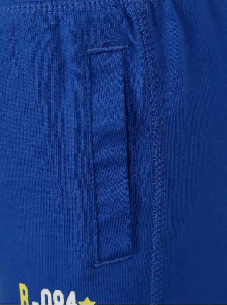 Modré klučičí kraťasy s nápisem BÓBOLI